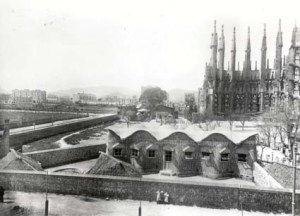 Las obras de la Sagrada Familia en 1910.