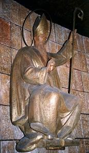 Capilla de San Agustín de la iglesia de Santa Rita de Madrid. Imagen de Penella en madera de roble.