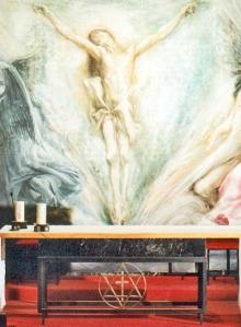 La estrella en el altar de la cripta de San Nicolás de Tolentino, en la iglesia de Santa Rita de Madrid.