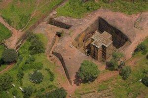 Vista aérea de la iglesia de San Jorge.