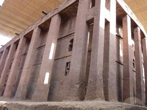 Pilares exteriores de Bet Medhane Alem.
