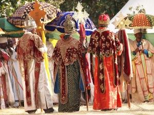 Sacerdotes etíopes en una procesión en Lalibela.