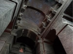 Bóveda de medio cañón de la nace central.