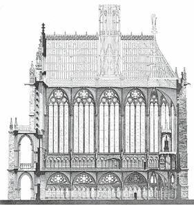 Sección de Sainte-Chapelle. La capilla inferior de poca altura y la superior de gran esbeltez.