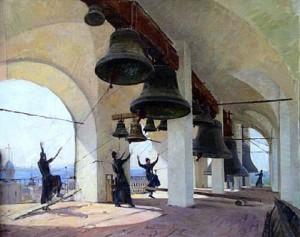 Monjes ortodoxos tocando las campanas.