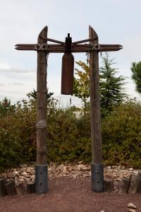 Reconstrucción de un campanario de madera similar a los usados en los siglos V y VI d.C.)