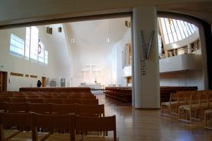 Interior de la iglesia de las Tres Cruces.