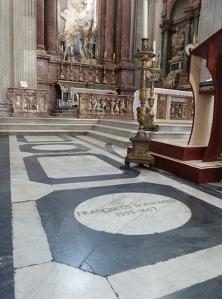 Lápida de Borromini en el templo de San Giovanni dei Fiorentini
