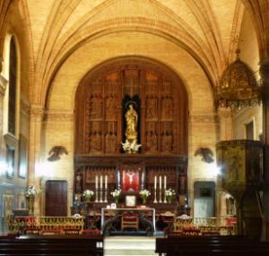 Retablo y altar