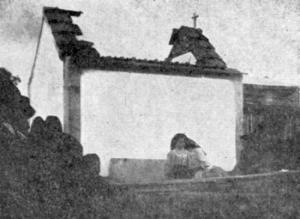 Interior y techo destruido por la explosión