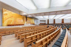 Interior Basílica de la Santísima Trinidad