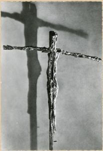 Crucifijo (1950) de Germaine Richier