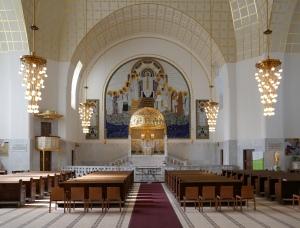 Presbiterio de la iglesia de San Leopoldo